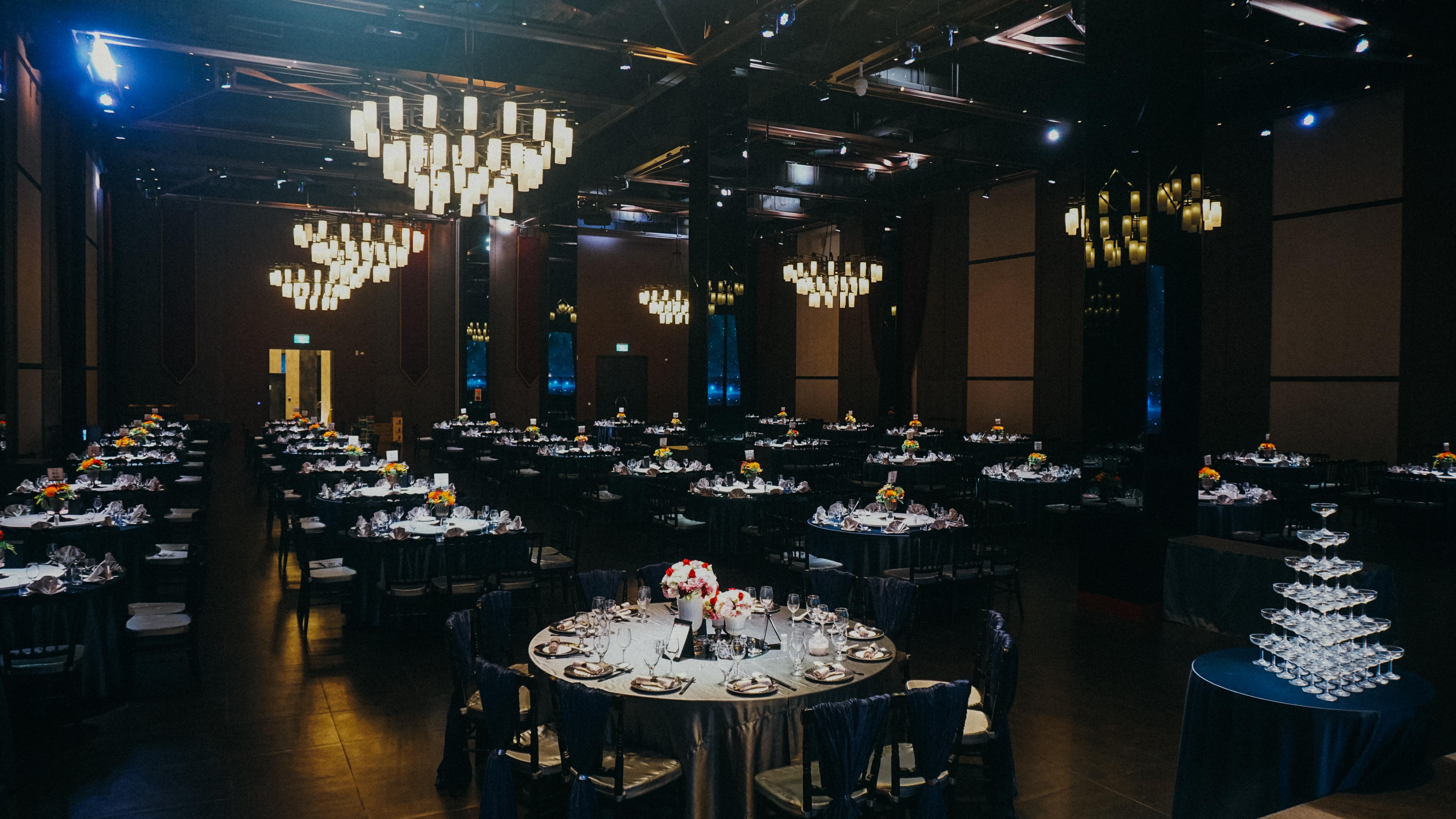 Ballroom DE_14