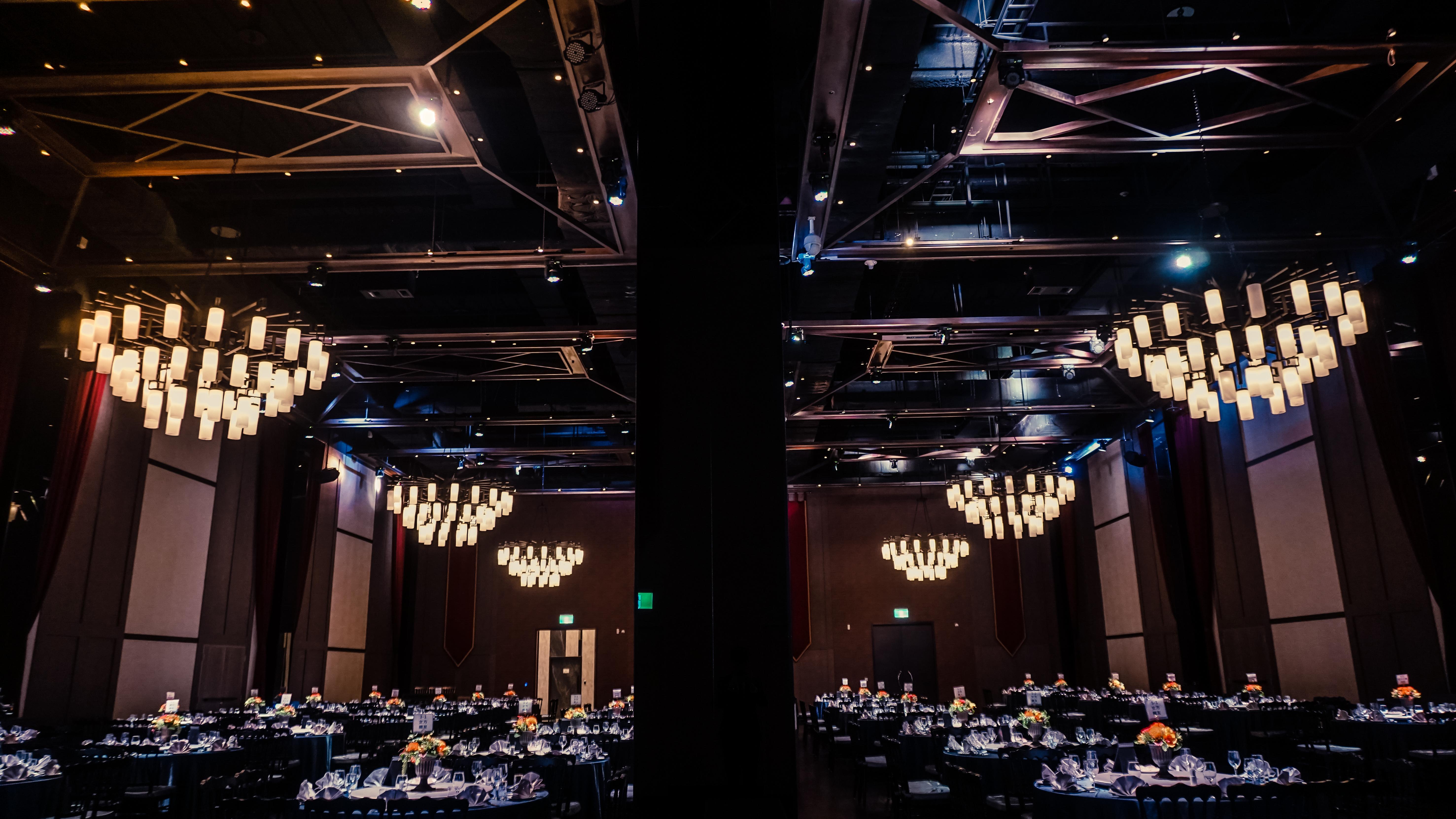Ballroom DE_22