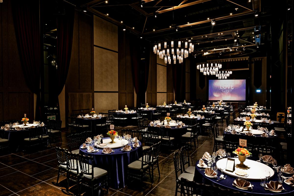 Ballroom D_6