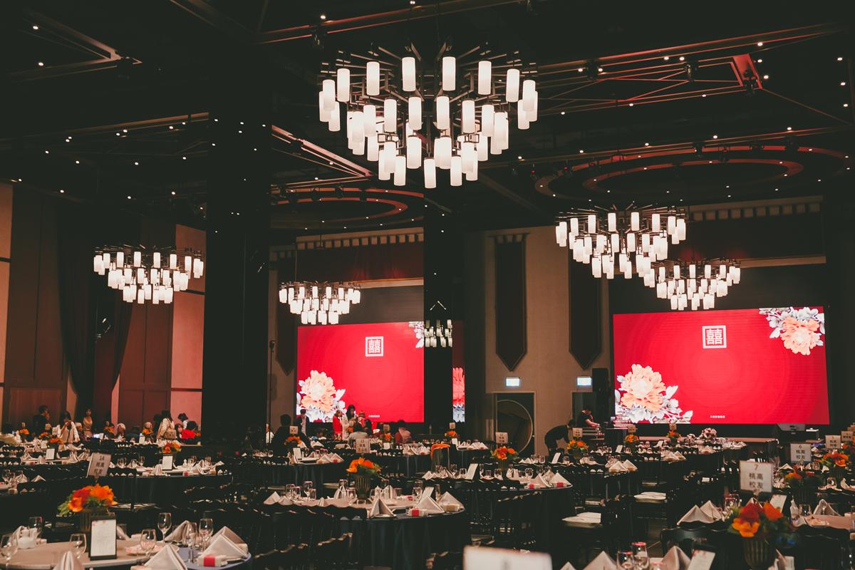 Ballroom DE_2