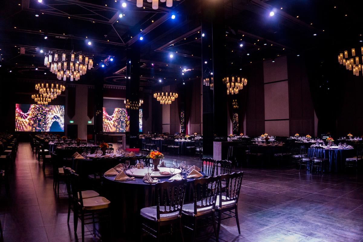 Ballroom DE_3