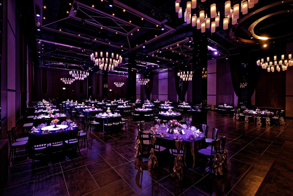 Ballroom DE_9