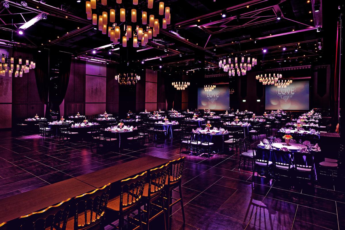 Ballroom DE_10