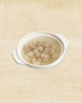 竹笙子雞湯